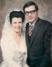 Marianne & Richard Sipe on their wedding day - 1970